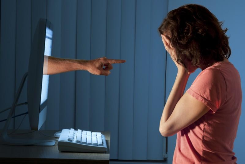 porter plainte pour diffamation sur internet